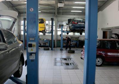 Munkatársaink mindent megtesznek azért, hogy autója összes rejtett problémájára fényt derítsünk, és megoldjuk azokat.