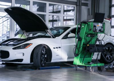 Műszaki vizsgáztatás a Medic-Car Autószervíznél.